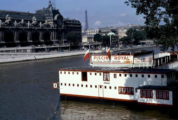 Piscine Royal Quai Des Tuileries 1er Arrondissement Paris Juin
