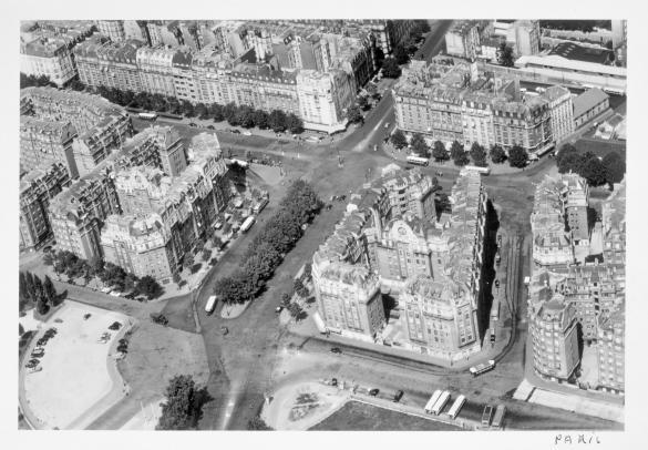 Vue a rienne de paris la porte d 39 orl ans la place du 25 ao t 1944 14 me arrondissement - Arrondissement porte d orleans ...