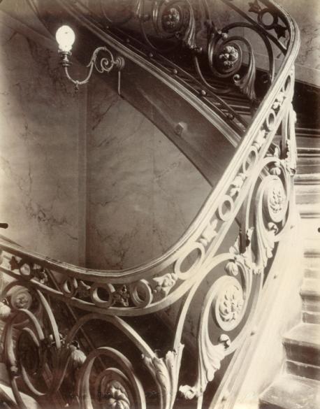 Escalier de l 39 h tel sully charost 11 rue du cherche midi for Cherche decorateur interieur