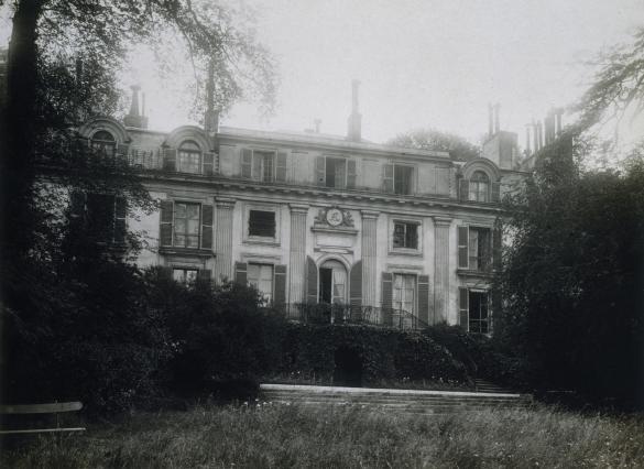 17 rue berton ancienne demeure de madame de lamballe for Jardin 16eme