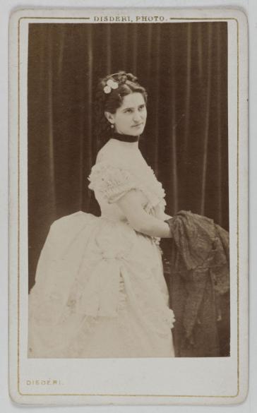 Portrait De Liedert Actrice 1860 1890 Carte Visite Recto Tirage Sur Papier Albumin Photographie Disderi Cie Paris Muse Carnavalet