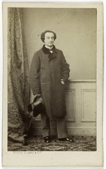 Portrait En Pied De Montaubry Chanteur Tnor Costume Ville Carte Visite Recto Tirage Sur Papier Albumin Avant 1864