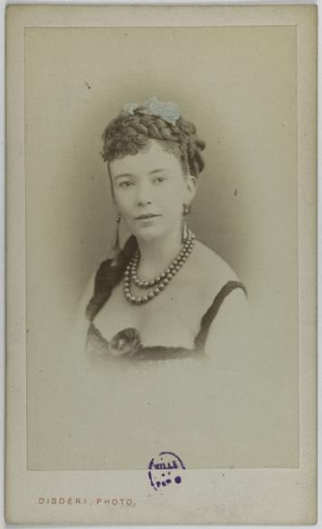 Portrait De Cora Pearl Elisabeth Emma Crouch Dite 1835 1886 Courtisane Carte Visite Recto Photographie Disderi Tirage Sur Papier Albumine