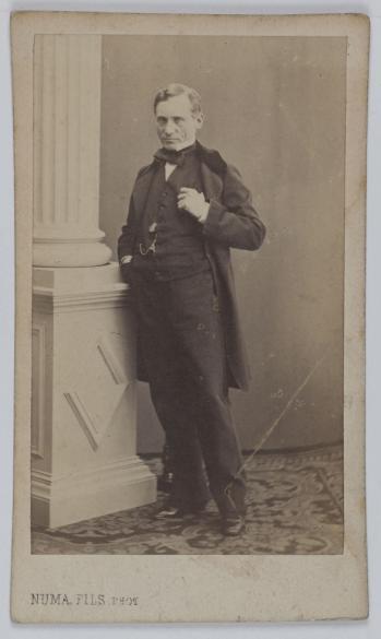 Portrait De Francois Joseph Regnier La Briere 1807 1885 Dit Comedien Et Dramaturge Carte Visite Recto Photographie Numa Fils