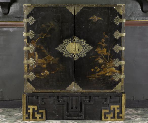 cabinet japonais coffre en laque noire d cor de hauteville ii maison de juliette drouet. Black Bedroom Furniture Sets. Home Design Ideas