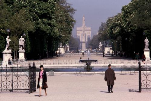 Perspective : jardin des Tuileries, l\'obélisque de la Concorde et l ...