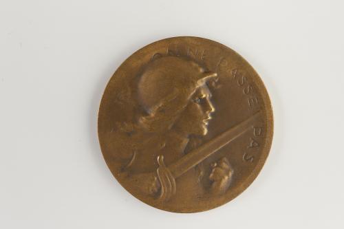 91f450c9a7b19a Médaille commémorative de la bataille de Verdun, 21 février au 19 ...